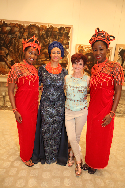 Modupe Ozolua, Maria Fleet and Ushers